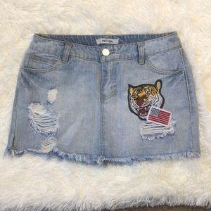 🌵 Refuge jeans skirt size 4
